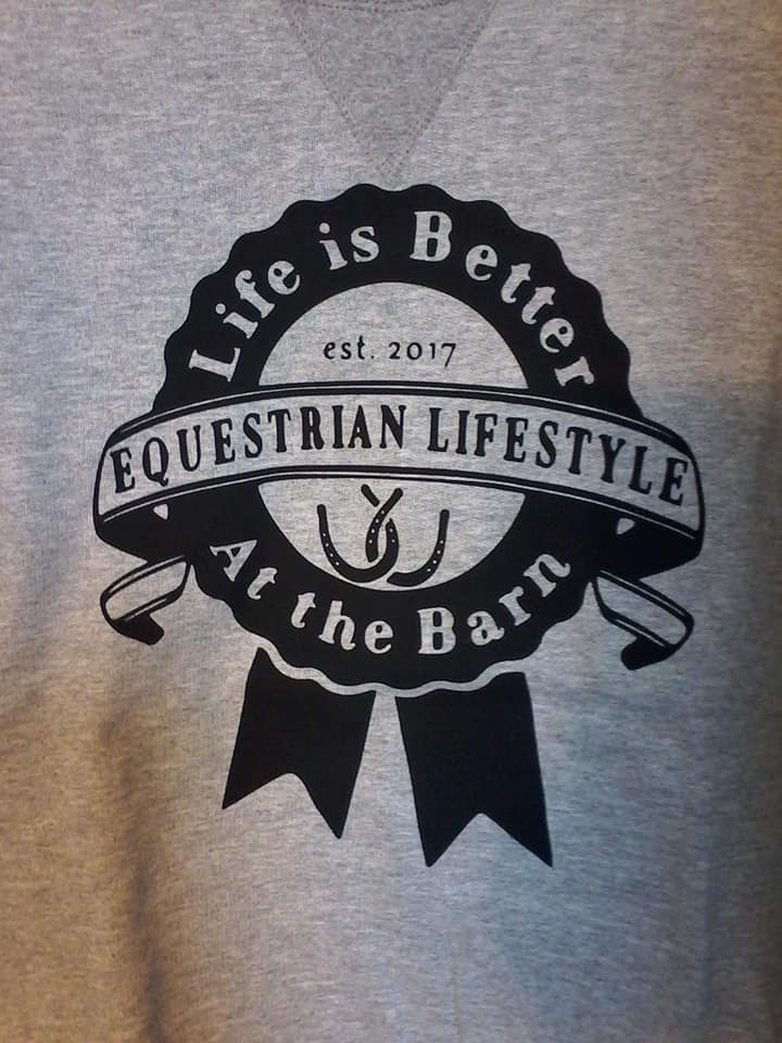 Equestrian Lifestyle Color: Sport Grey Graphic: Ribbon with clear background Size: Small